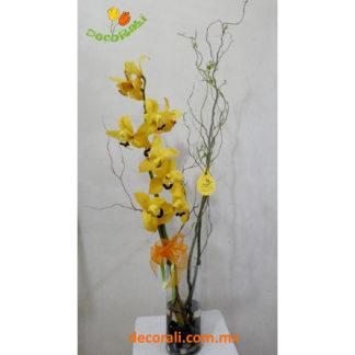 Orquidea cymbidium y curly willow