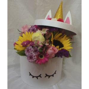 Caja unicornio con flores