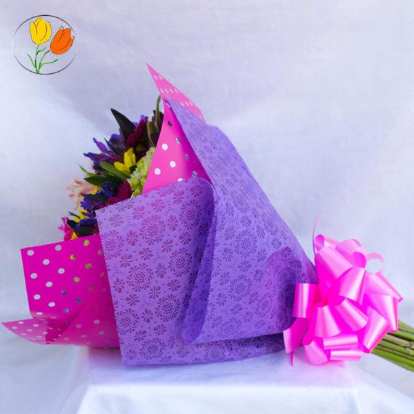 Ramo con papel decorado