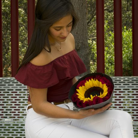 envia flores y regalos